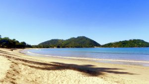 ubatuba-hostel-praia-lazaro-copy
